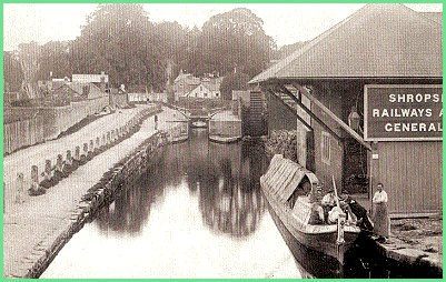 Canal wharf at Welshpool,1901