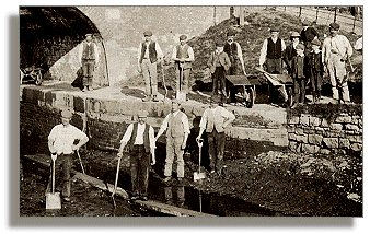Canal workers at Welshpool